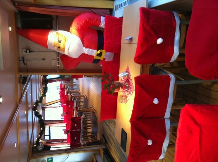 weihnachtliche stuhl husse santa nikolaus weihnachten. Black Bedroom Furniture Sets. Home Design Ideas